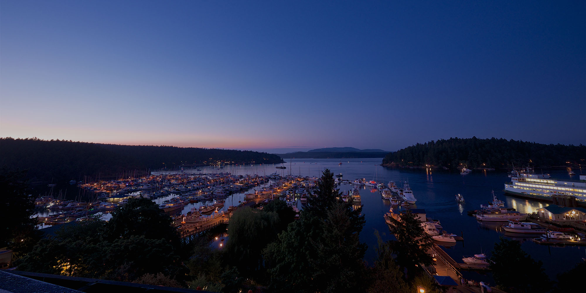 Friday Harbor marina in the evening