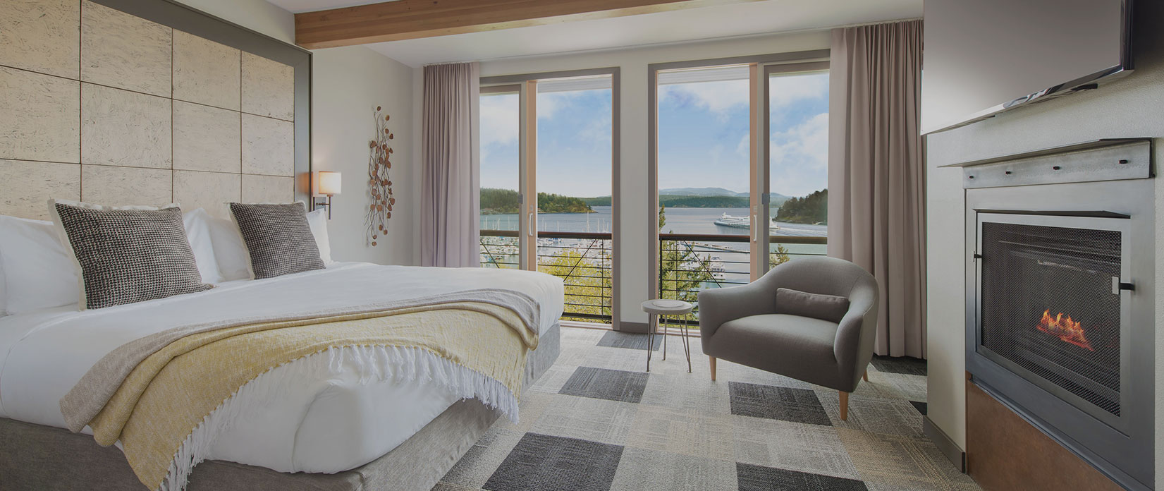 Harbor view guestroom